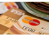 Taxa de juros de pagamento mínimo do cartão cai para 230,4% em junho